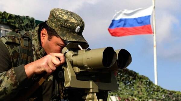 Militar ruso desplegado en Crimea